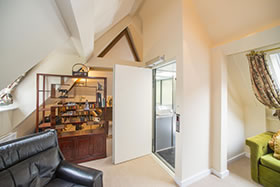 Stannah-Midilift-residential-listed_home-5370-6