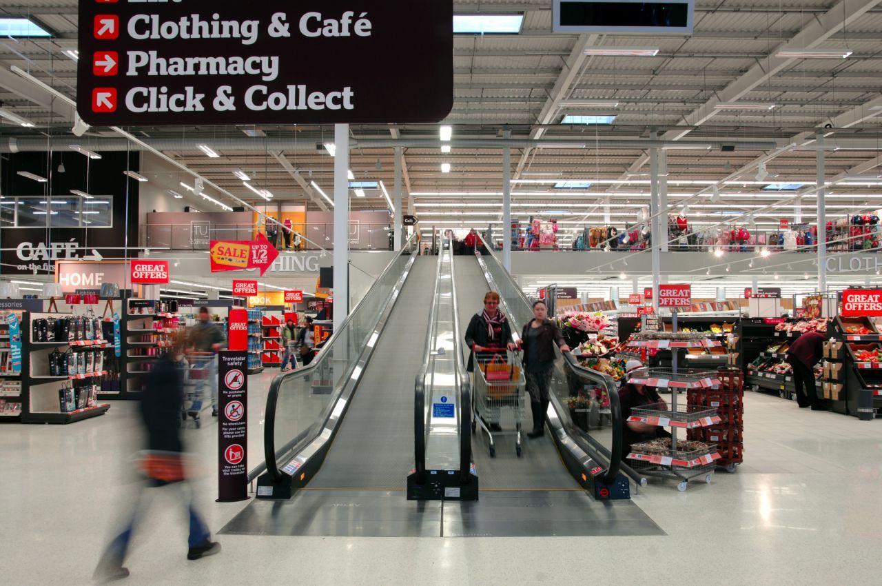 Escalator in a supermarket